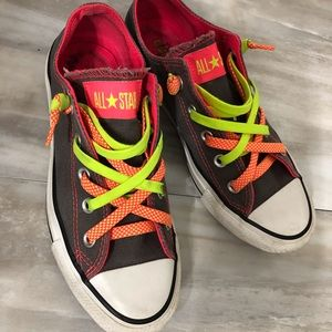 Converse youth size 4, adult size 6 sneakers